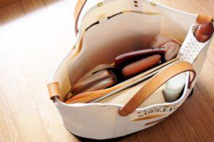 48d0830b6073 画像あり】無印良品のヌメ革財布の評判は?エイジングやお手入れ方法も ...