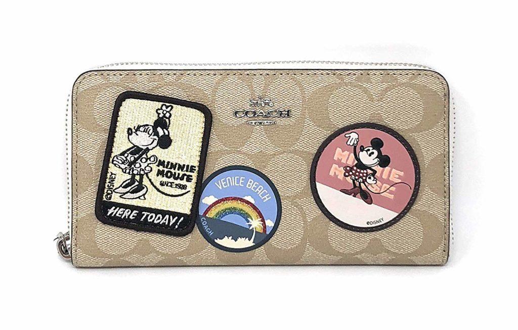 e58a5116bfaff3 ディズニー×ブランドのコラボ財布11選!コーチやサマンサからも | wallet ...